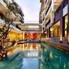 100 Sunset 2 Hotel