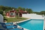 Отель Villas Galdana Palms