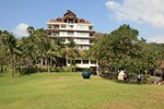 Отель Rayong Resort Beach & Spa Hotel