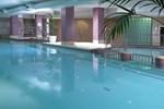 Отель Camden Court Hotel