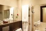 Отель Hotel Yoldi