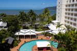 Отель Rydges Tradewinds Cairns