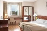 Отель Exe Parc del Vallés