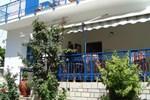 Отель Vakhos