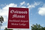 Отель Oakwood Manor Motor Lodge