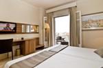 Отель Pirineos