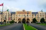Отель Comfort Suites University Area