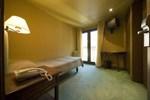 Отель Somriu Hotel Tivoli