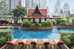 Отель Plaza Athenee Bangkok, A Royal Meridien Hotel