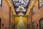 Отель Astor House Hotel