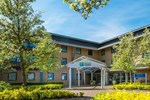 Отель Holiday Inn Express Milton Keynes