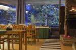 Отель Hotel Isovalkeinen