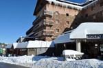 Отель Hotel Solineu