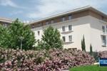 Отель Kyriad Avignon Courtine Gare TGV