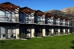 Отель Grand Mercure Oakridge Resort Lake Wanaka