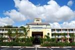 Отель Howard Johnson Tropical Palms