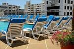 Отель Radisson Ambassador Plaza Hotel & Casino