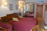 Отель Hotel Ciudad Cangas de Onis