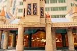 Отель Theme Park Hotel