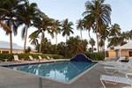 Отель Emerald Palms Hotel