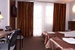 Отель Hotel Junior