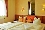 Отель Hotel Weisser Schwan