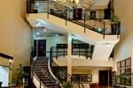 Отель Protea Hotel Highveld