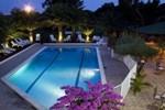 Отель Tropic