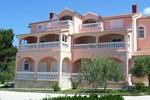 Гостевой дом Rooms & Apartments Linda & Mario
