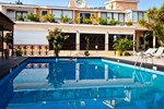 Отель Fitos Inn
