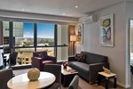 Апартаменты Meriton Serviced Apartments - Adelaide Street, Brisbane