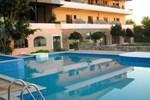 Отель Crisais Hotel