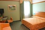 Отель Hotel Zola