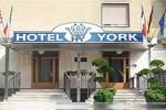 Отель York