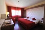 Отель Puerta de Segovia