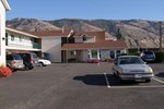 Отель The Ranchland Motel Kamloops