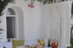 Отель Porto Fira Suites