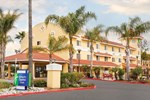 Отель Holiday Inn Express Hotel & Suites San Diego-Escondido