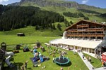 Отель Kinder- & Gletscherhotel Hintertuxerhof