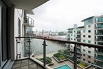 Thames View Serviced Apartment
