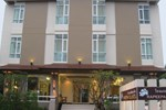 Отель Rapeepan Ville Hotel