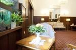 Отель Hotel Spöttel