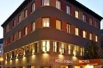 Отель Hotel Donatz
