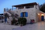 Апартаменты Agnanti Beach Apartments