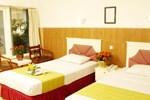 Отель Hotel Tanjung Emas