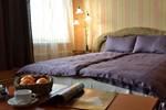 Отель Hotel Kaķis