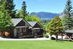 Отель Greenacres Alpine Chalets & Villas