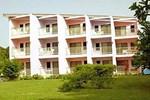 Отель Allamanda Beach Resort