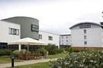 Отель Premier Inn Enfield