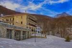 Отель Hotel Manthos